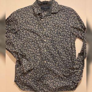 🦅 AEO floral shirt GUC